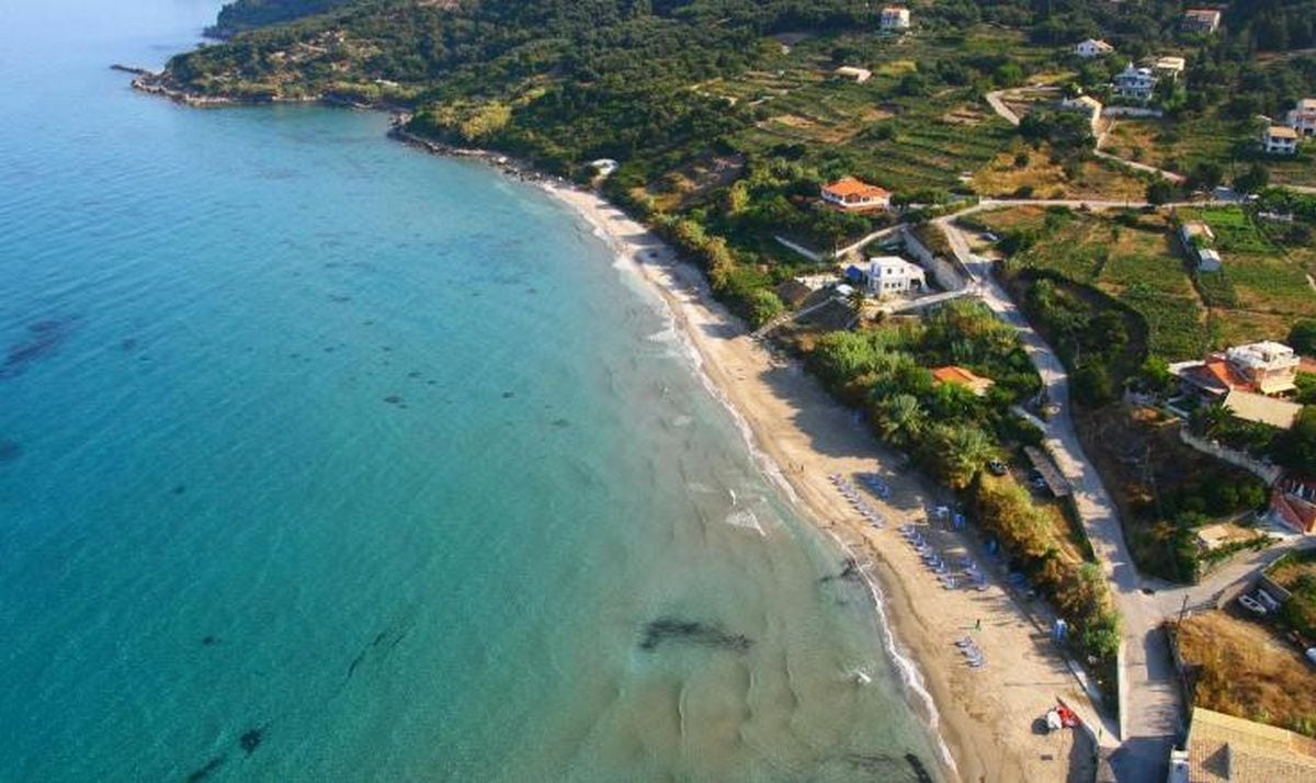 liostasi villas corfu Paramonas beach