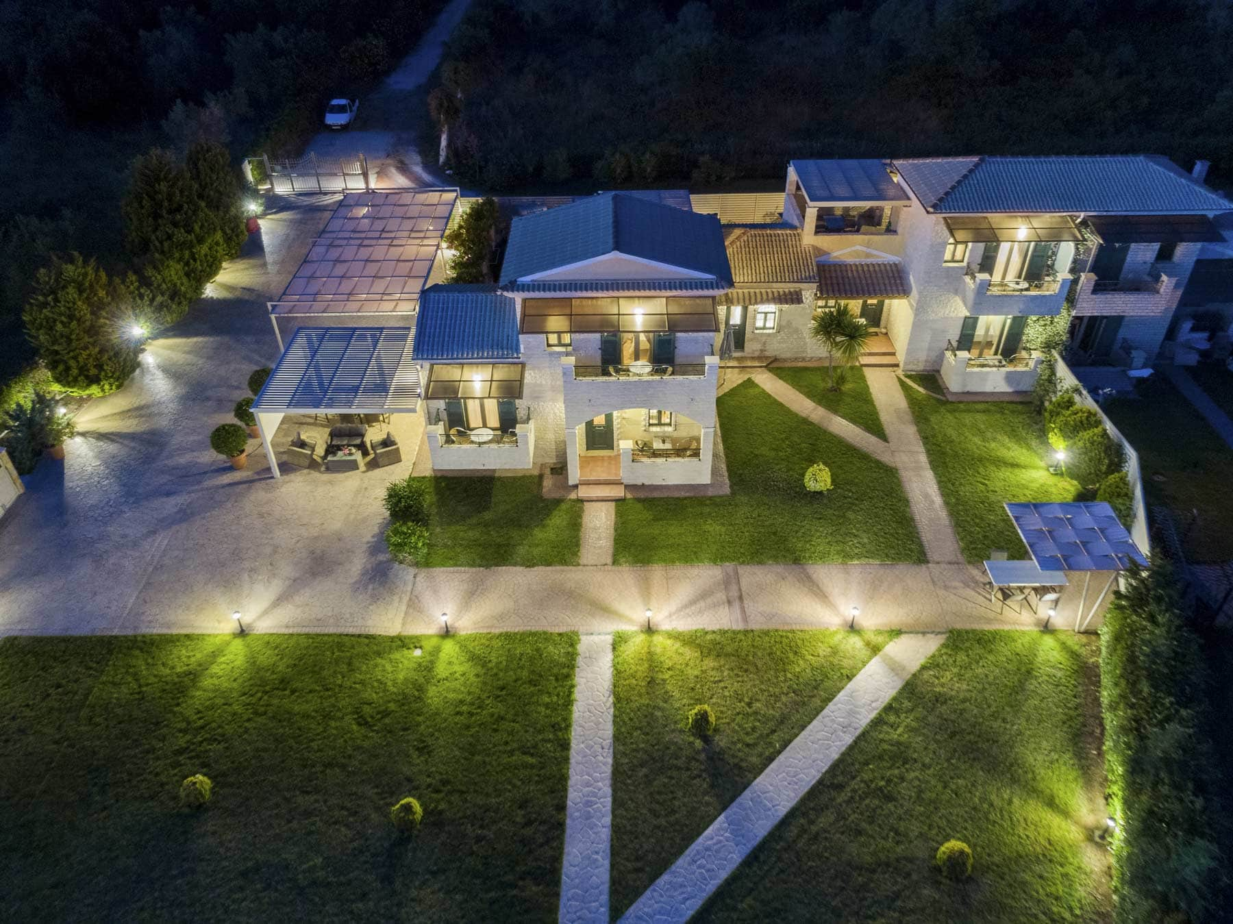 liostasi villas chalikounas corfu night view